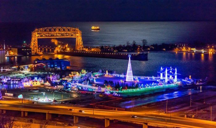 Best Christmas Lights Duluth Mn 2020 Here Are The 11 Most Enchanting, Magical Christmas Towns In
