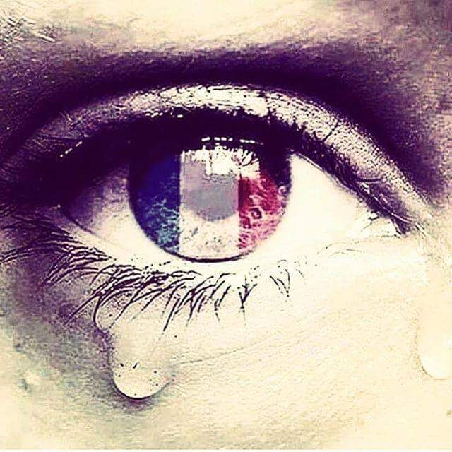 Pray for France, tristeza por las victimas de los atentados de Paris. Je suis Paris.