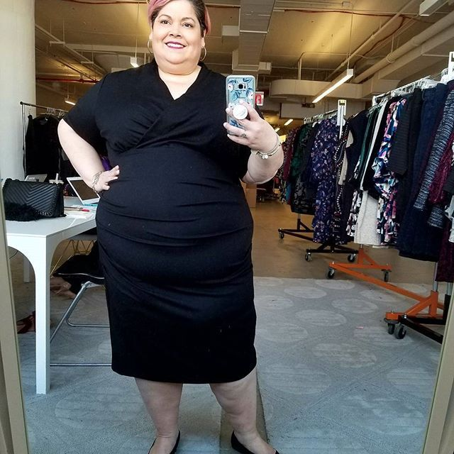 @nicolemillernyc is coming to @gwynniebee !!!! YES, YOU READ RIGHT! And her styles will be available in up to size 5X! I cannot express in words how much GB had made my life by simply making designer fashion accessible to me in my size. As someone who is a size 26/28, I'm often outsized of many plus brands so GB delivers in that area. This is one of the Nicole Miller dresses that will launch in 2 weeks. I'm wearing the 4X. If you haven't tried GB, you can try the service for FREE for 30 days…