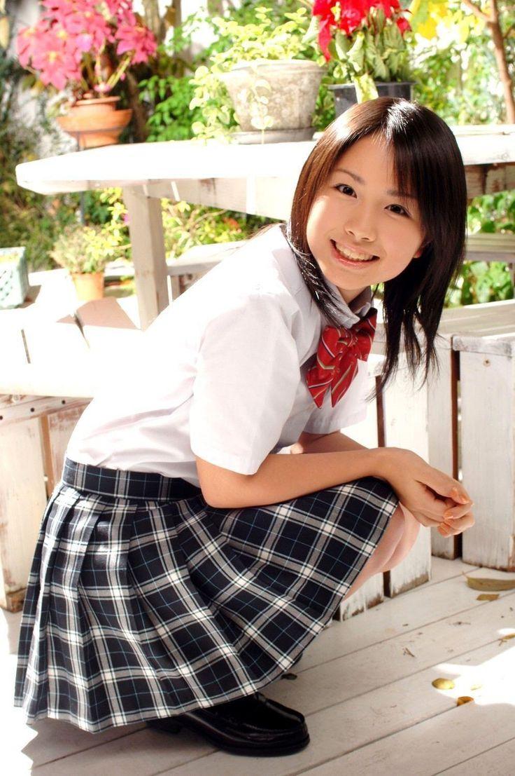 homemade-japanese-school-girls-naked