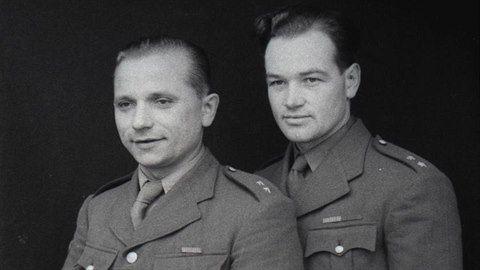 Fotogalerie: Nejznámější portréty národních hrdinů. Gabčík byl údernější a fyzicky zdatný,...