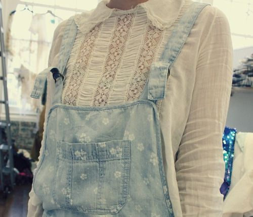 chambray overalls & lace top