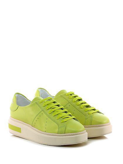 Manuel Barcelò - Sneakers - Donna - Sneaker in pelle con logo su retro e suola in gomma. Tacco 45, platform 30 con battuta 15. - LEMON - € 225.00