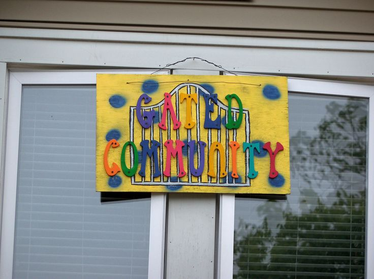 https://flic.kr/p/cK1LKs | OH Oxford - Gated Community | Sign for the Gated Community house in Oxford, Ohio.