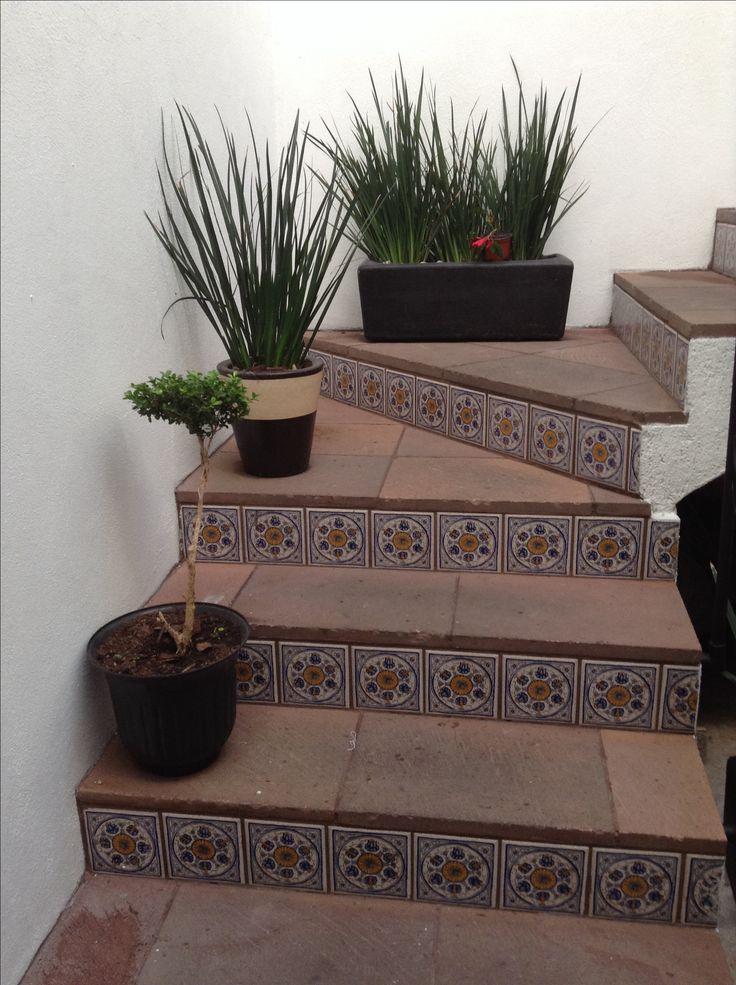 Las 25 mejores ideas sobre artesan a camale n en for Fotos de escaleras rusticas