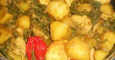 De gerechten die je bij de roti krijgt kun je ook als eenpansgerecht maken en eten met rijst. Dit gerecht is van kip, aardappelen, kouseba...