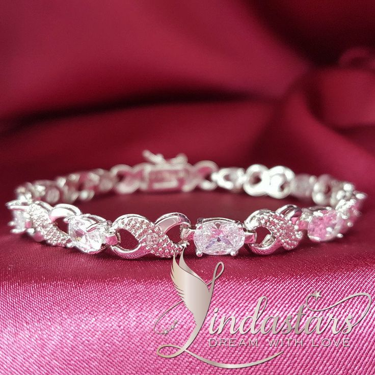 Looking for an incredible wedding anniversary gift? Pick out an angelic bracelet to surprise on your dinner date, and let her feel how important she is! This sparkling crystal #bracelet embedded stunning zircons and gleaming infinity signs will definitely attract compliments and add some fashion to her wrist. Rebuild your love with this beautiful gift.   https://www.lindastars.com/collections/together-for-ever-collection/products/sparkle-in-the-night-sky