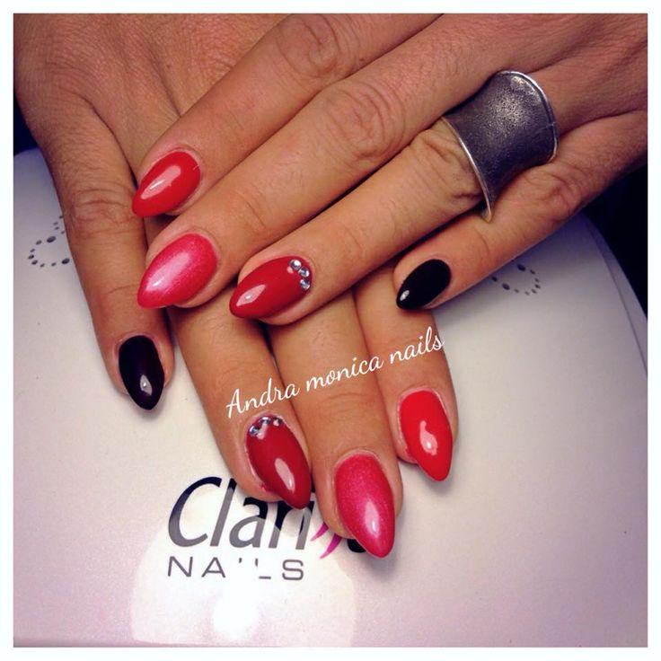 Nails Beauty: monocolore rosso dal bordeaux alle tonalità più chiare