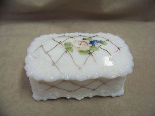 VINTAGE MILK GLASS TRINKET BOX WITH HAND PAINTED DECOR.