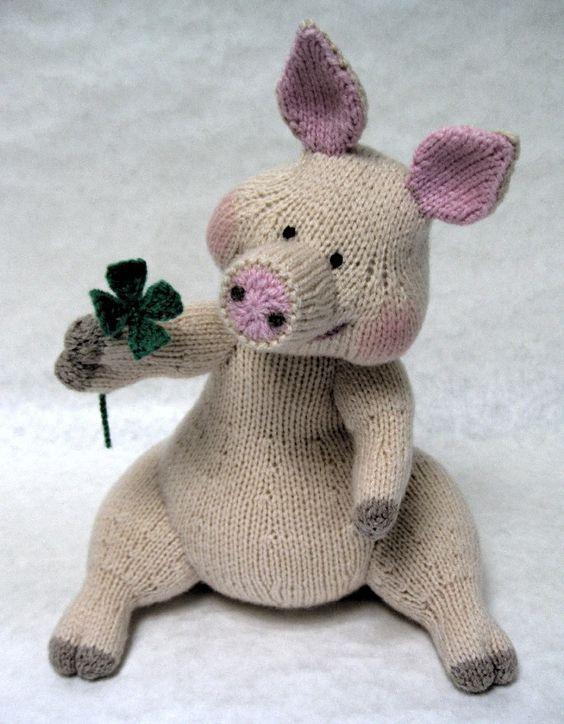 Alan Dart Knitting Good Luck Pig with Four Leaf Clover Pattern