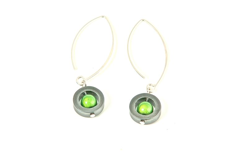 Long green earrings from the Caramelle series.