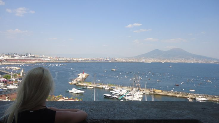 Costa-Vesuvio-Napoli-Italy