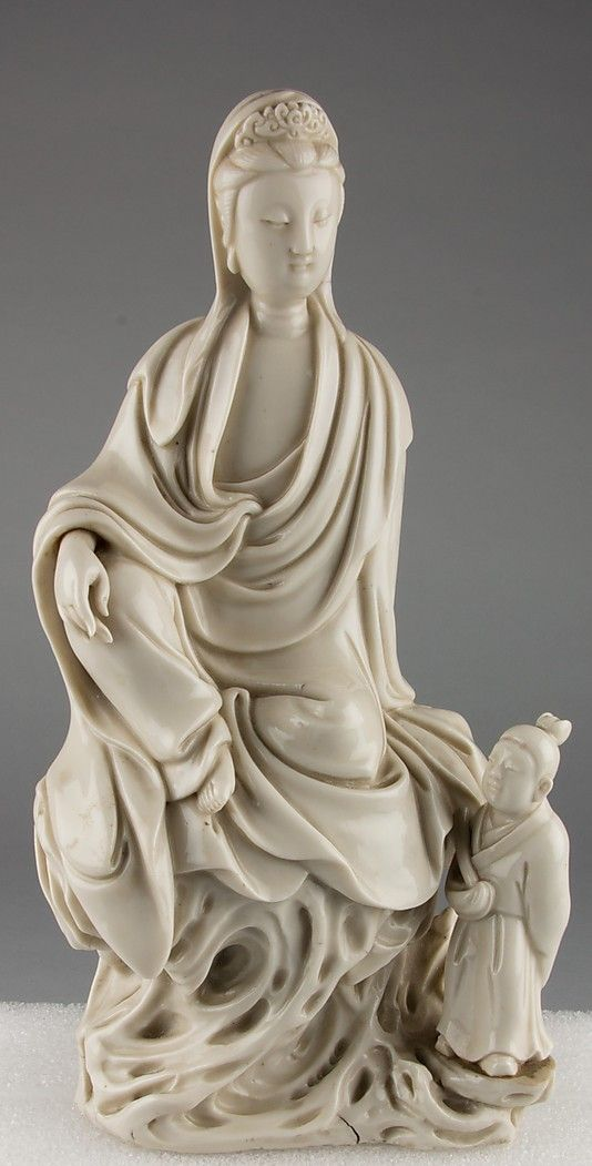 Guanyin Seated in Royal Ease with Small Attendant late Ming dynasty,early Qing dynasty 17th–18th century