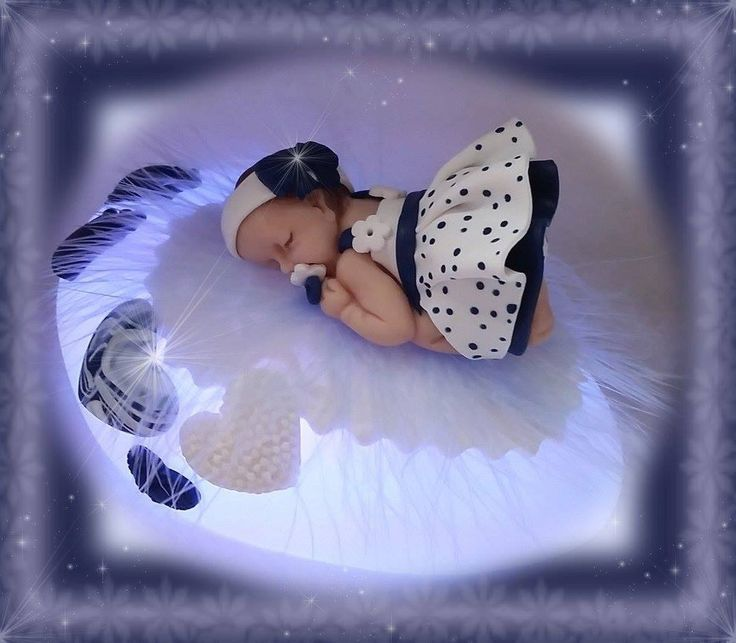 Bébé fimo endormi sur sa veilleuse à led : Décoration pour enfants par sophie-feeries