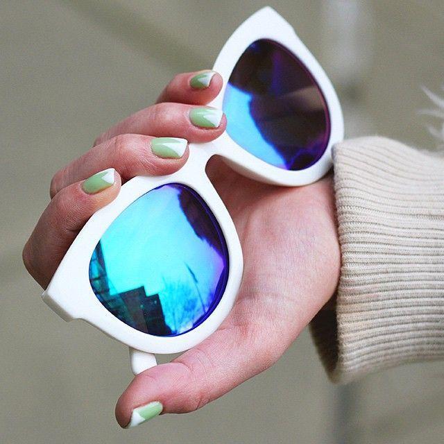 mint + white manicure - also love those sunglasses