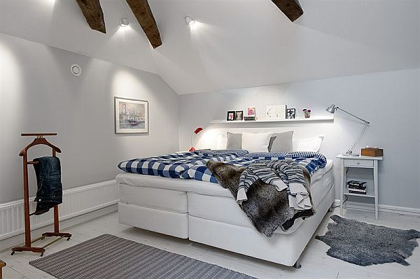 I like the size and height of the bed. -m :: 10 Duplex Interior Designs With A Swedish Touch