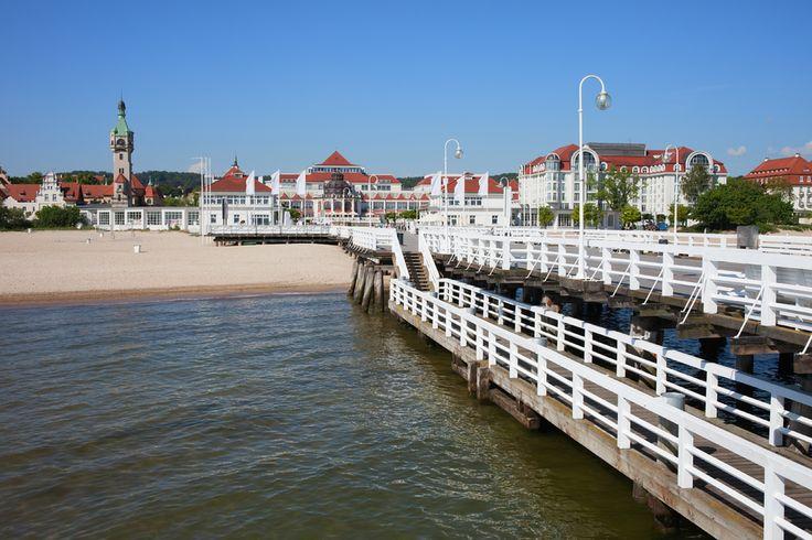 <p>HVIT STRAND: Sopot er kjent for tre-moloen og stranden.</p>