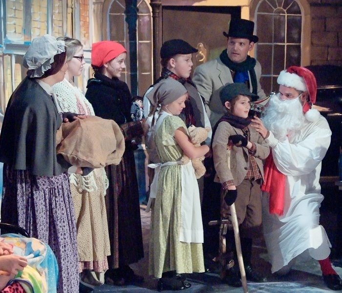1000 Images About A Christmas Carol On Pinterest: 1000+ Images About Scrooge: The Musical On Pinterest