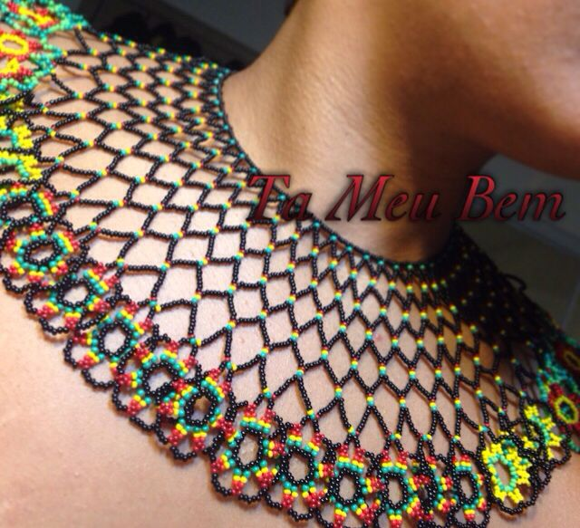Rasta inspired seed bead collar.   Custom order only.   Bouquet of flowers by Ta Meu Bem.  Glass jewelry by Ta Meu Bem.  Beaded jewelry by Ta Meu Bem.