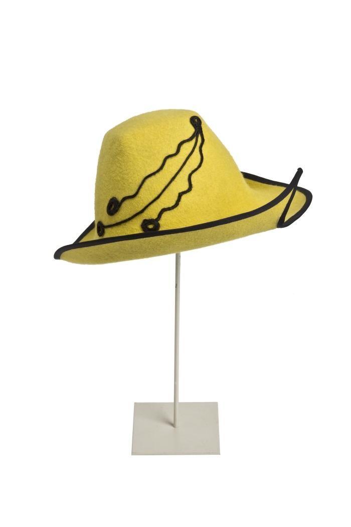 Hat, Charo Iglesias, 1990.