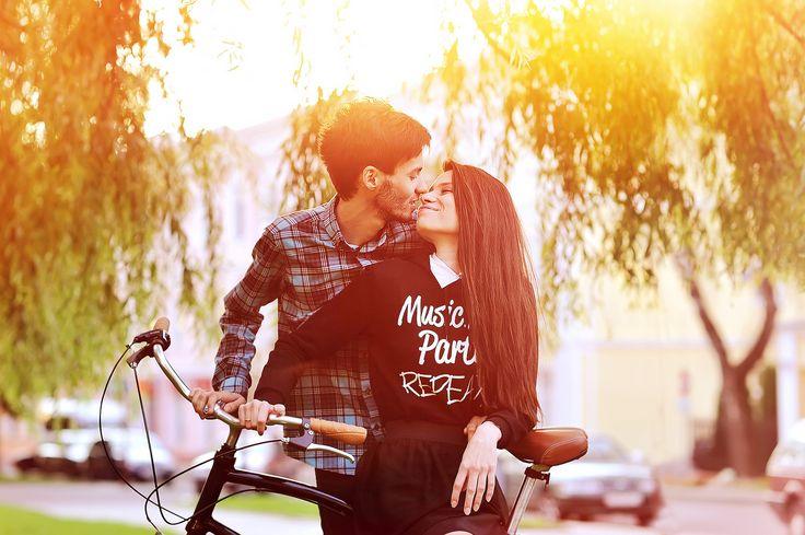 What Makes a Good Boyfriend (FROM MEN)