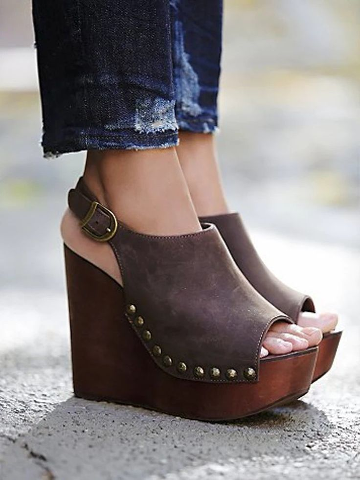 Stunning Brown Wooden Olivia Wedge That One Should Pair With Denims!