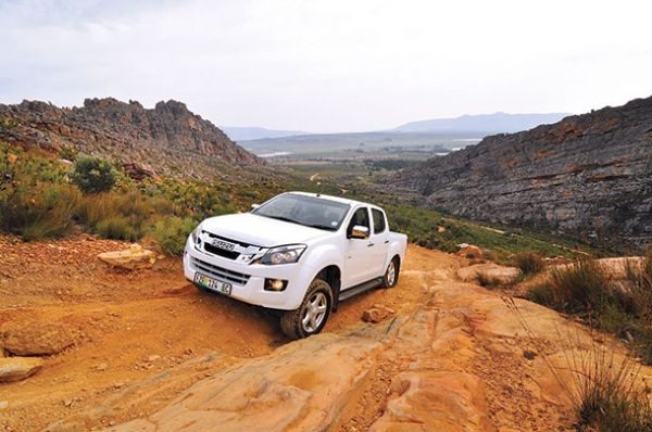 Off-road test: Isuzu KB300 DC
