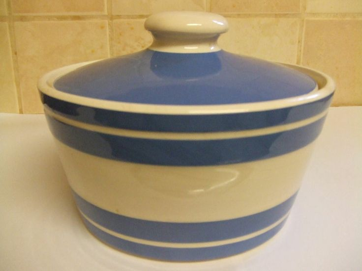 TG Green Cornishware butter dish