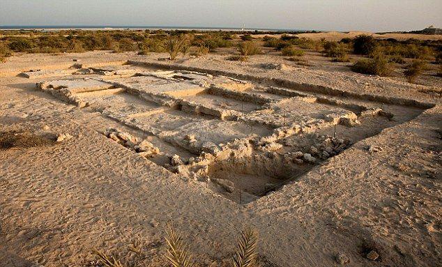 Opgegraven resten van een Nestoriaanse kerk op het eiland Sir Bani Yas, Abu Dhabi, Verenigde Arabische Emiraten, 6e eeuw.