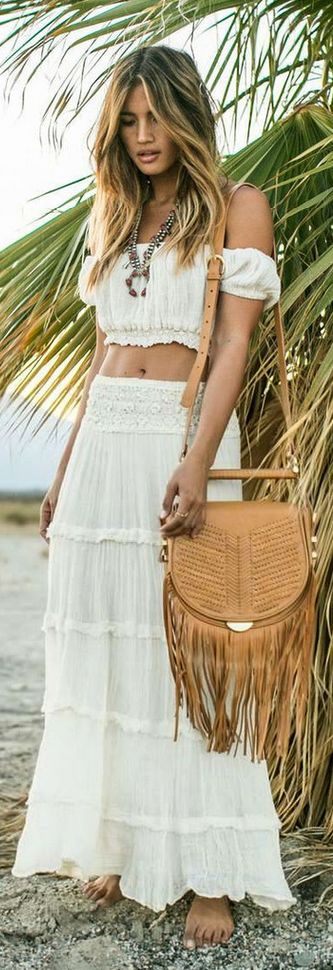 Bohemian Look :: ZAIMARA Lifestyle ::Beautiful Festival Outfits :: Summer Inspirations :: Gypsy Prints :: Hippie☮ :: Boho Chic Style :: Spread Love and Keep Positive :: Free Spirit:: Indie Folk:: Fall in Love ::