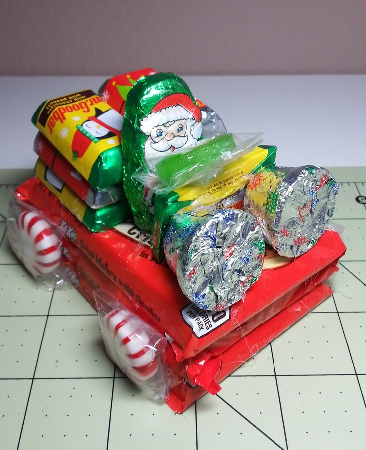 DIY~Cute Little Santa Candy Car For Christms! Great For Kids!