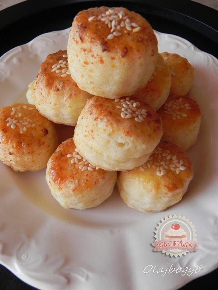 Túrós Pogácsa - Hungarian cheese scones
