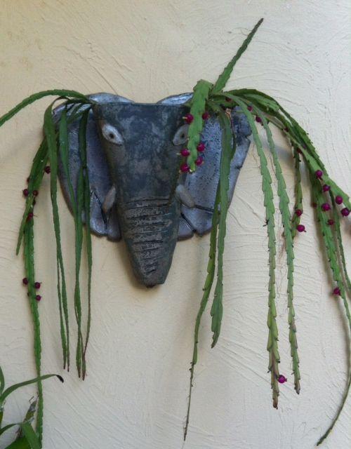 vaso de argila para parede  criado por Hortensia Espallargas Zuniga
