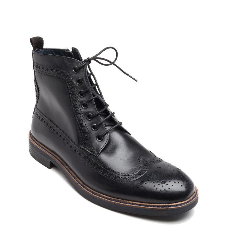 Men's black boot