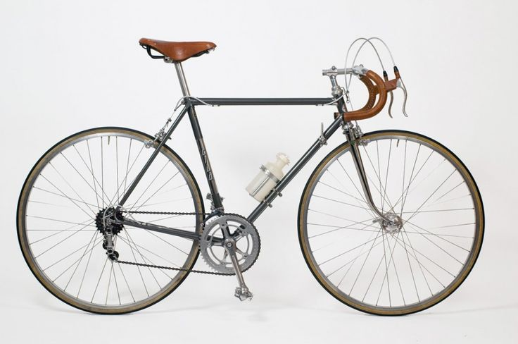 Vintage restored 1966 Cilo road bike.  Absolutely gorgeous. #bikeporn