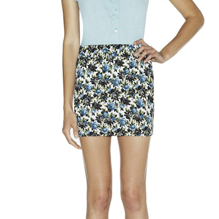 Tristen Skirt White Navy Multi - okay girls, see the part where her thighs start getting bigger just below the skirt hem?  That's where the hem should be and no shorter......please stop showing your thigh fat....no matter how skinny you are - if it ain't straight up, it's messed up!  Just sayin'!