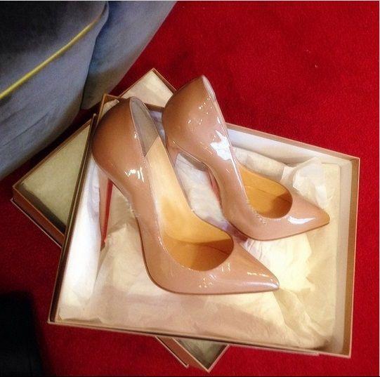 Дешевое Бренд женщин туфли на высоком каблуке красные днища высокие каблуки обнаженная лакированной кожи с красной подошвой обувь острым носом ну вечеринку свадебные туфли на каблуках женщина 12 см, Купить Качество Туфли непосредственно из китайских фирмах-поставщиках:     Brand 2015 Womens Red Bottom Shoes High Heels Shoes Luxury Designer Patent Leather Wedding Shoes Woman 12cm Pu
