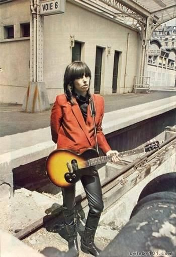 Chrissie Hynde one of the original cool girls