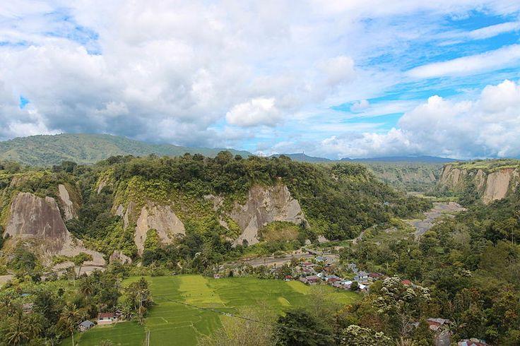 Le canyon de Sianok en Bukittinggi, Sumatra occidental.
