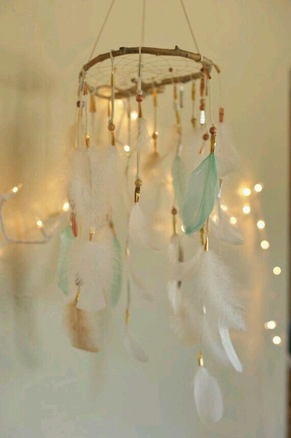 This is too cute dream catcher I want thisss!!!♥♥