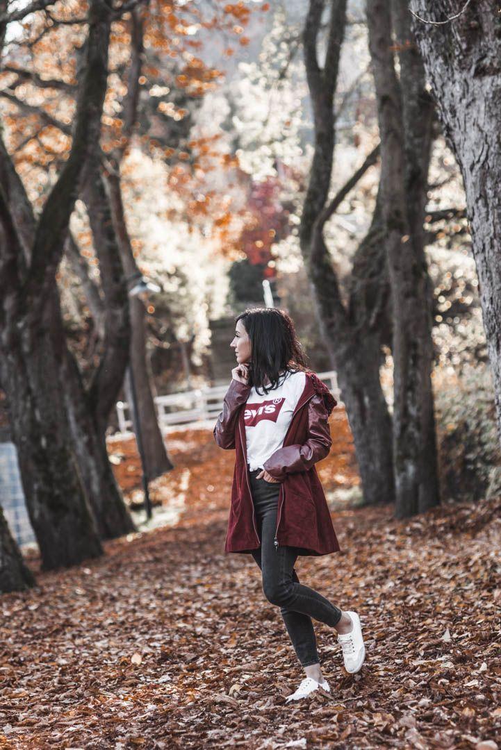 Die perfekte rote Lederjacke für den Herbst