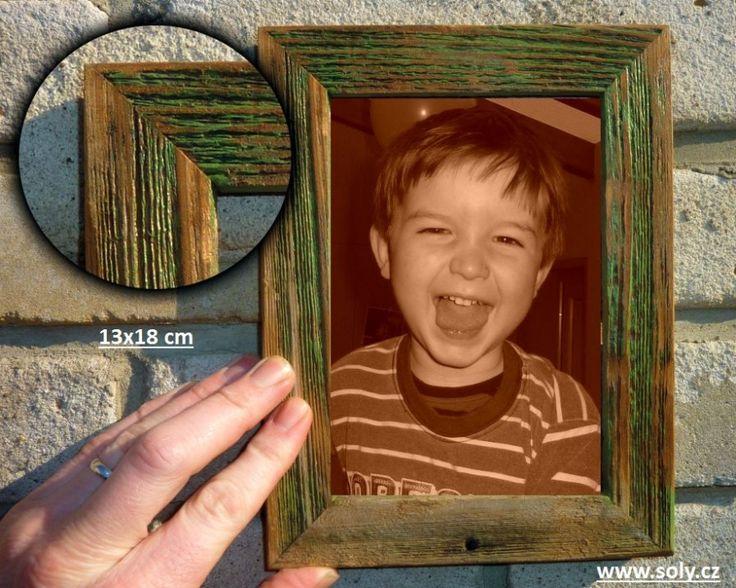 Zelený dřevěný fotorámeček 13x18 cm