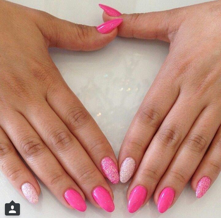 #KimsKieNails ombre glitter nails
