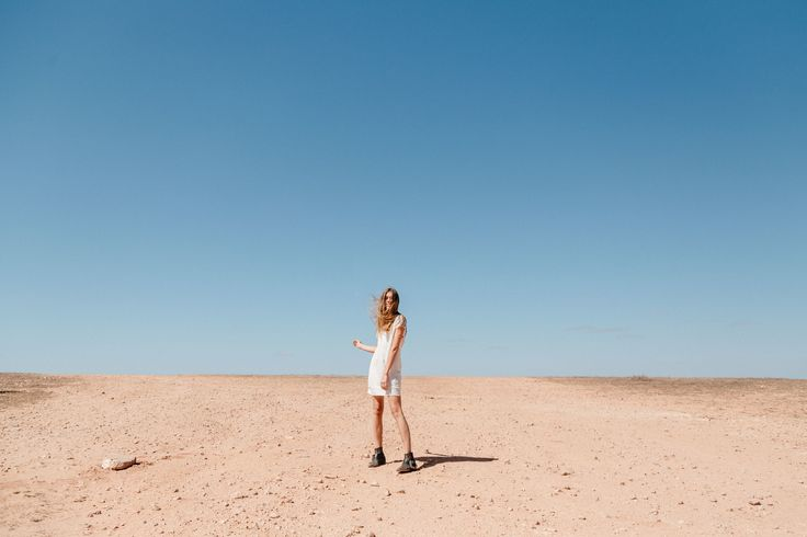 Outback beauty, Rowie The Label. shot by Britt Murphy Creative. Muse, Chelsey Rouen
