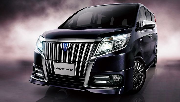 The Toyota Esquire luxury MPV, adding another variant to the Toyota Noah and Voxy models.