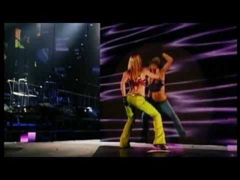 Britney Spears - Lonely (Live From Las Vegas) jajaja como si fuera ayer!