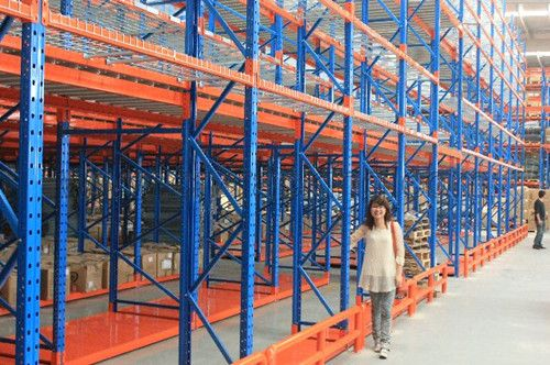 Shelly engaged the mezzanine racking system project.