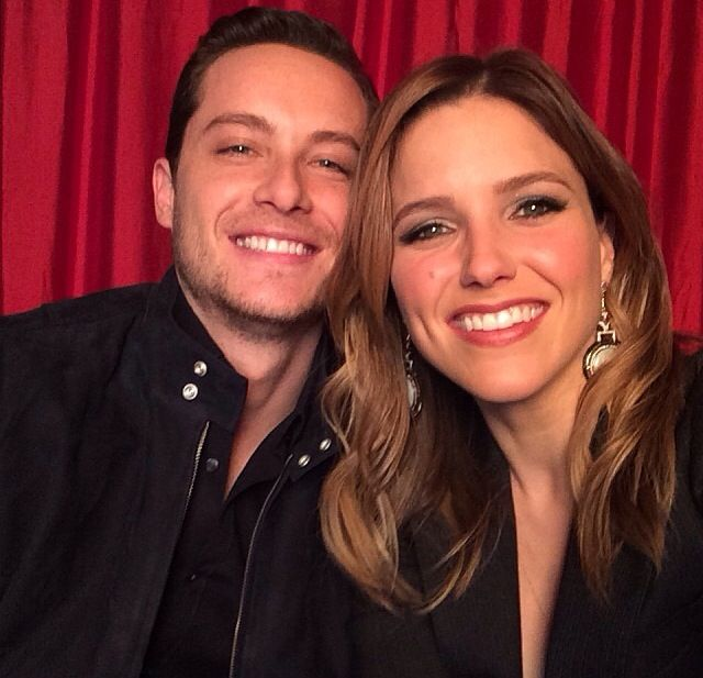 sophia and jesse dating More on sophia bush sophia bush at the teen choice awards sophia bush loves herve leger sophia bush interview at the are sophia bush and james lafferty dating.
