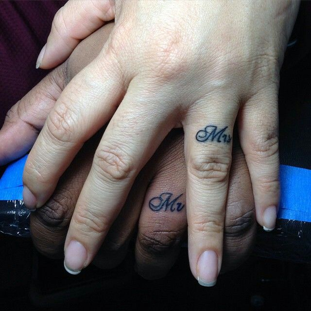 Love the idea of getting a mr & mrs tattoo on the finger when getting married :)