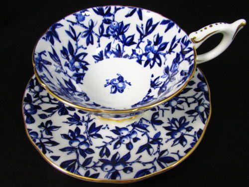 COALPORT-COBALT-BLUE-BERRIES-CHINTZ-TEA-CUP-AND-SAUCER